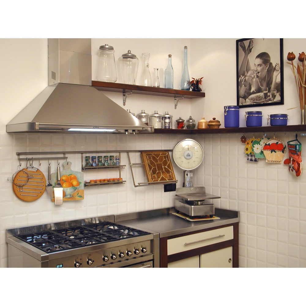 Cucine su misura : Cucina in ciliegio tinto noce ed avorio con top ...
