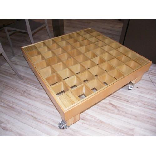 Tavolino in Betulla con ripiano in cristallo